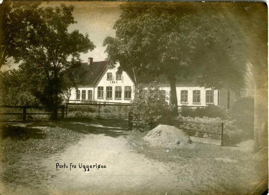 Skolens nye fløj i gule mursten fra 1924