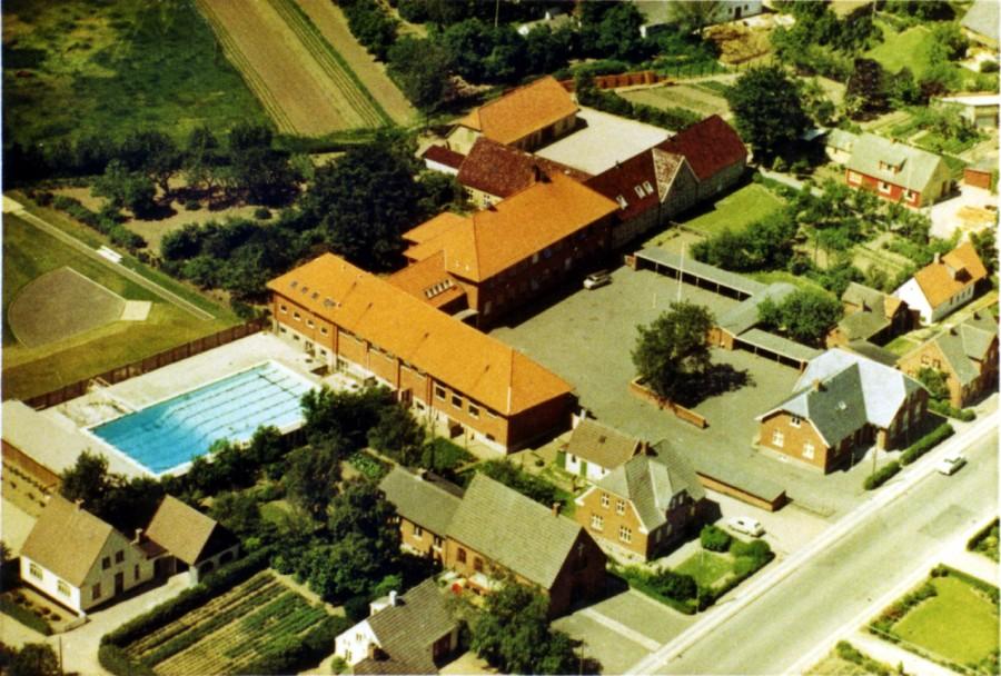 Ugerløse skole luftfoto fra først i 1960'erne