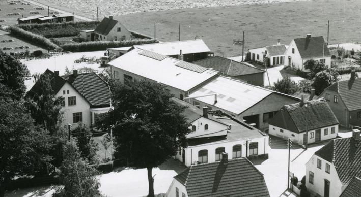 luftfoto af Ugerløse Maskinfabrik i 1954