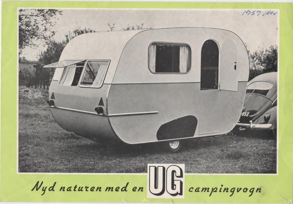Brochure forside med billede af campingvogn