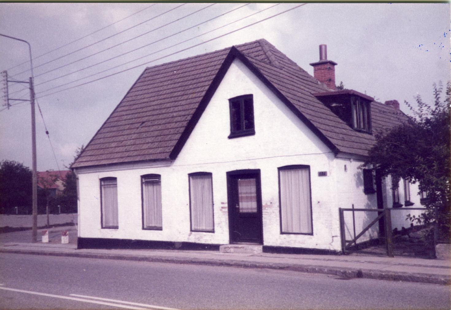 Billede 14 Østrupvej 119 nedrevet i.f.m. etablering af urnekirkegård foto Gerhard Christensen