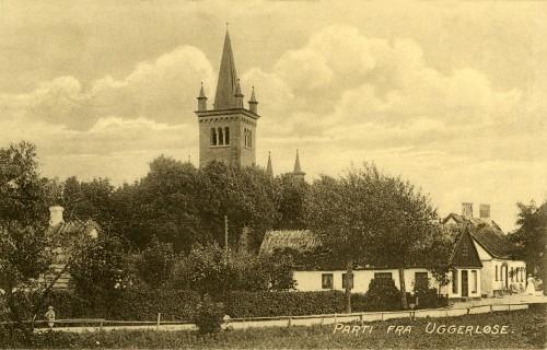 Østrupvej ca. 1916 - Billede 52 I det hvide hus nærmest boede byens ligkistesnedker.