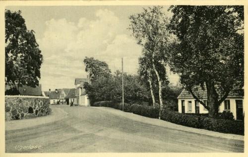 Hovedgaden set fra Tingstedet ca. 1940 - Billede 33 Huset t.h. er nr. 39