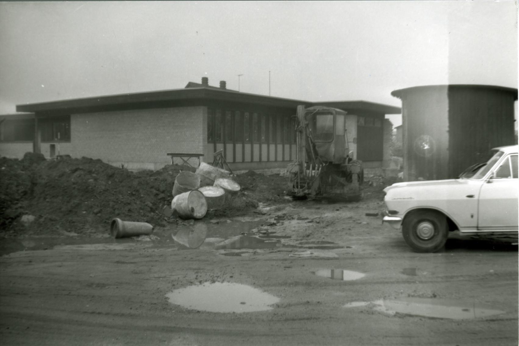 Billede 26 Kirkevej 3 Opførelse af Præsteboligen foto dateret 1968