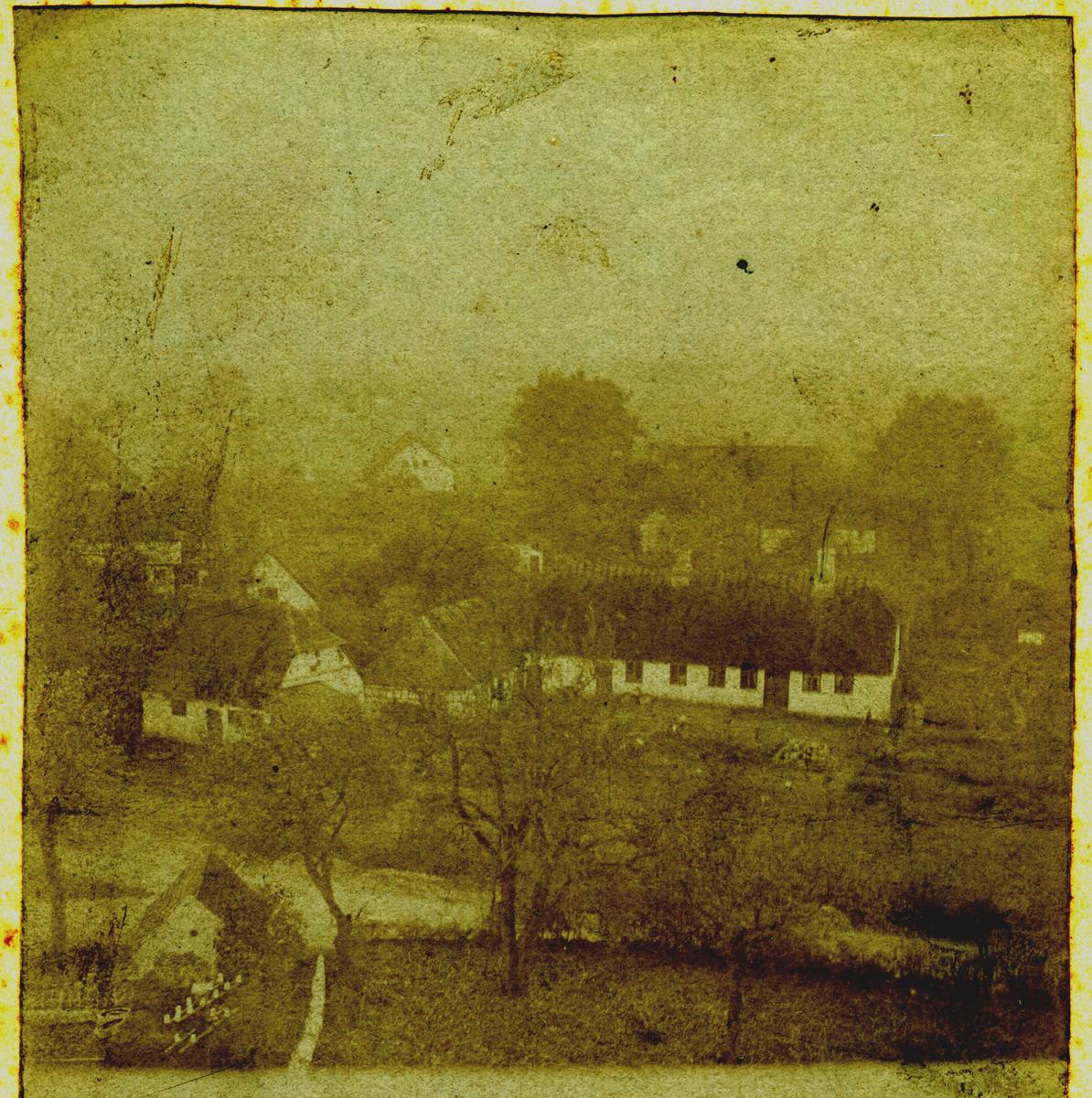 Billede 19 Smedegården ca. 1900 set fra kirkens tårn.