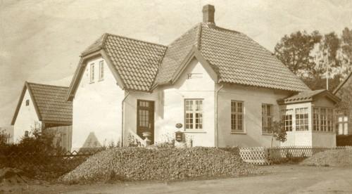 Ugerløse Posthus Hovedgaden 6 Huset blev bygget 1917 og nedrevet 1986 i forb. med vejregulering